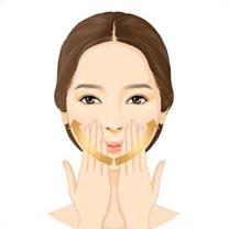 양손의 손가락마디 전체를 사용해 입가에서부터 턱선을 따라 끌어 올리듯<br /> 제품을 흡수시켜주며 탄력 있게 마무리해 줍니다. (약 3회 반복)
